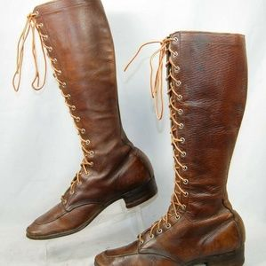 Shoes - 1930's womens Lace Up Hiking / Hippie Boots